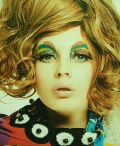 make-up-scenografico-multicolor